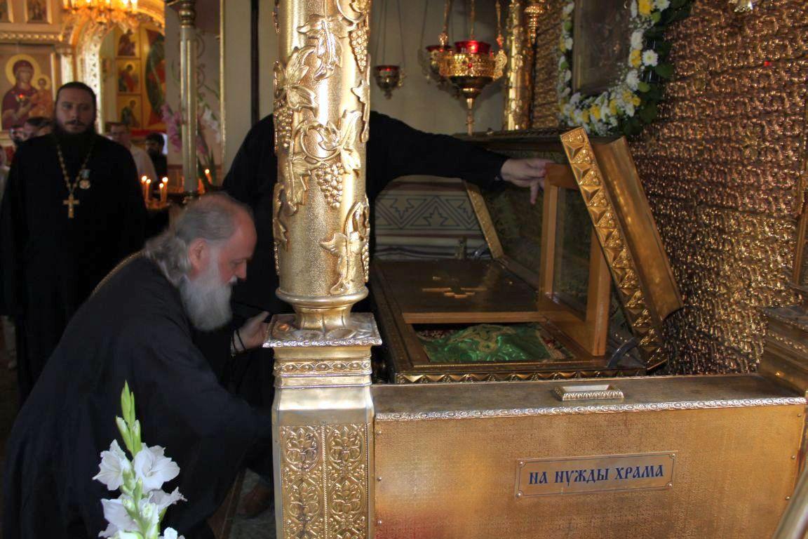 Між виконанням піснеспівів клірик спасо-преображенського собору протоієрей андрій дудченко коротко розкривав слухачам зміст богослужбових текстів, що співалися, та їх